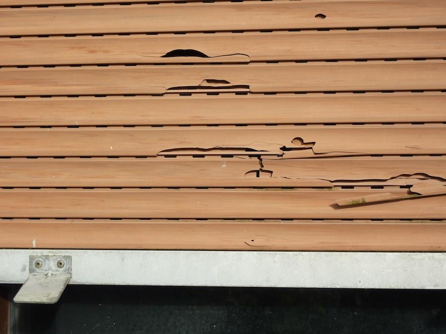Extrem Ist ein defekter Rollladen oder Rollladengurt eine Kleinreparatur? JD38
