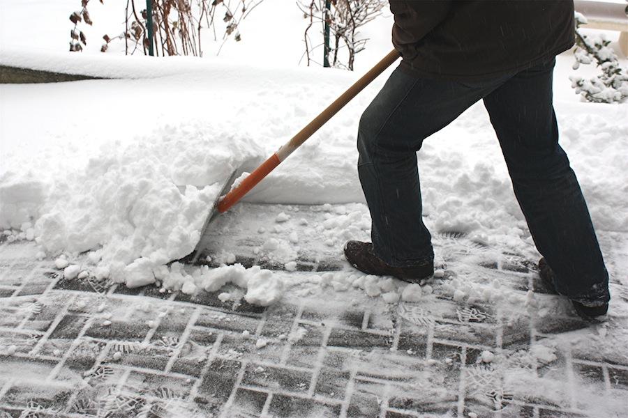 Winterdienst Streu Und Räumpflicht Von Vermieter Und Mieter