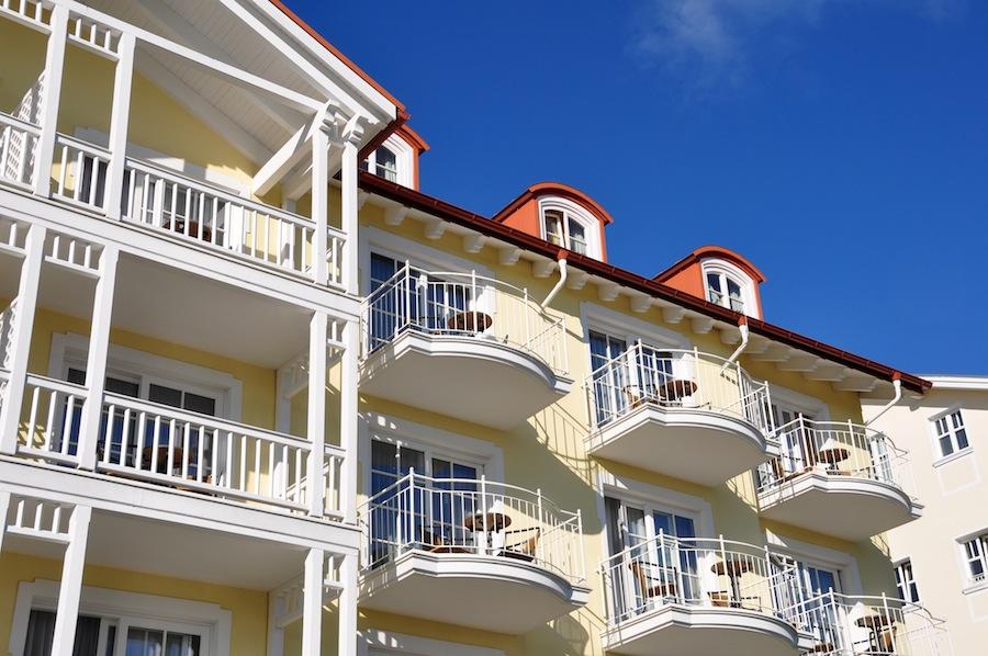 modernisierung balkon anbau kostenumlage berechnung und mieterh hung. Black Bedroom Furniture Sets. Home Design Ideas