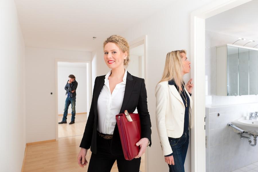 berbelegung einer wohnung was k nnen vermieter tun. Black Bedroom Furniture Sets. Home Design Ideas